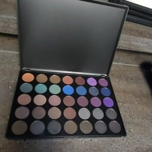 Morphe 35D Dark Smokey Palette (discontinued)